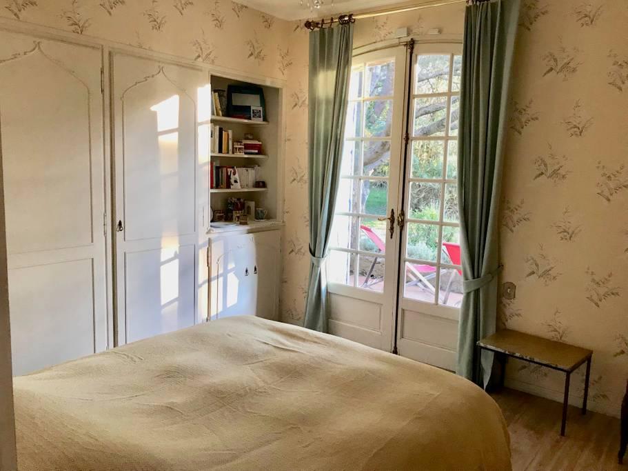 Chambre 5 photo 2